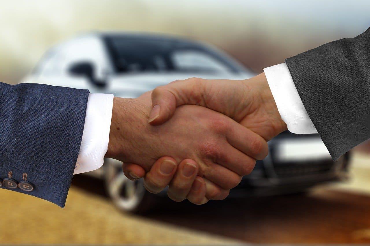 Tips básicos al comprar tu primer auto